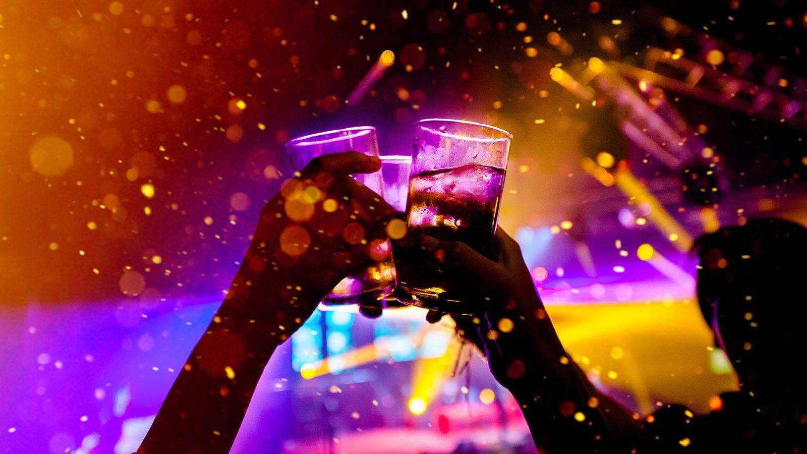 FRYNX Die besten 5 Bars zum Feiern